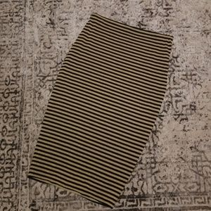 Black/Gold Striped Vince Camuto Pencil Skirt